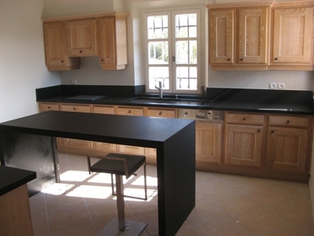 Plans de travail cuisine et salles de bain en Quartz | Bacha ...